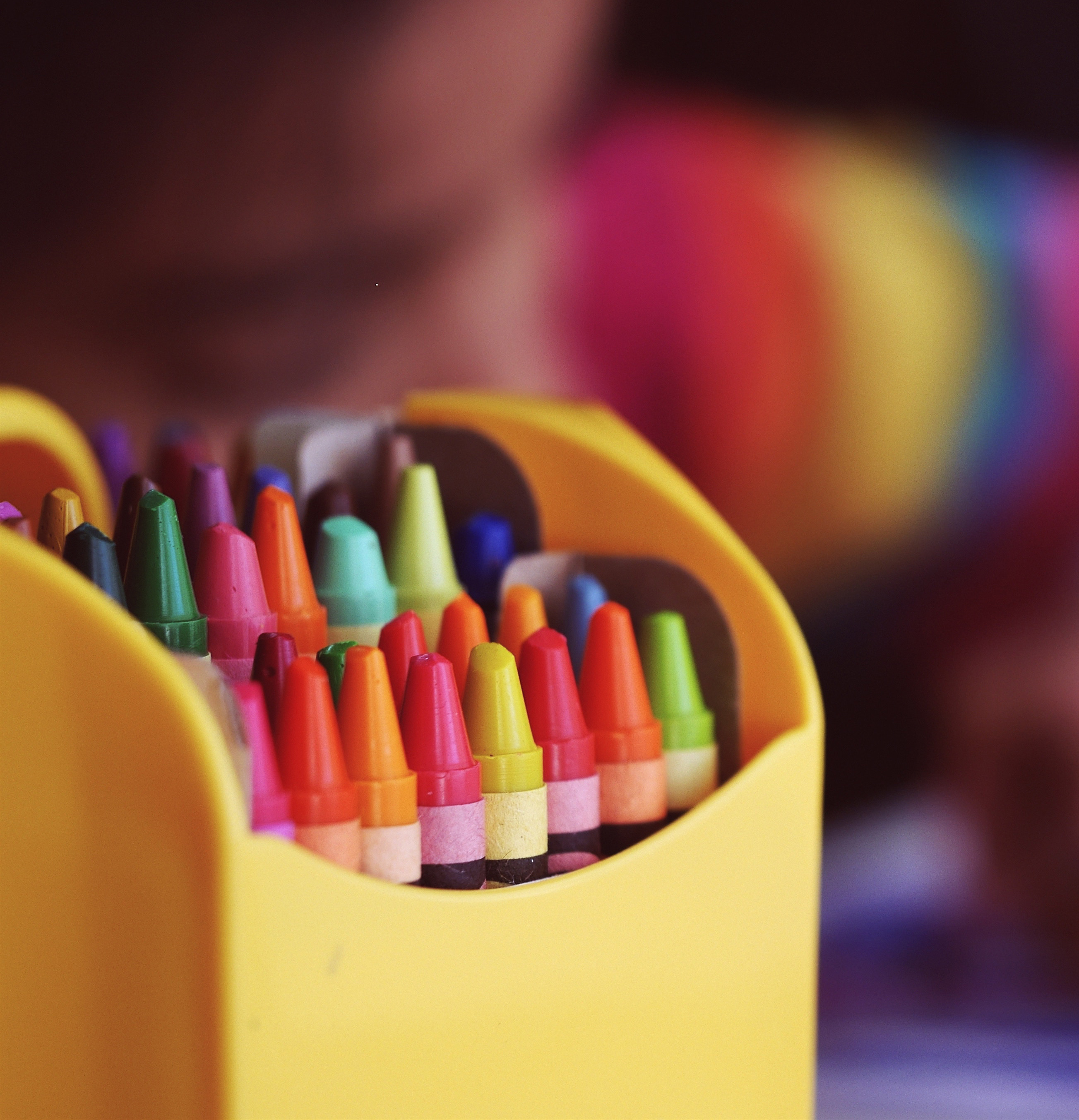 Image of a box of crayons